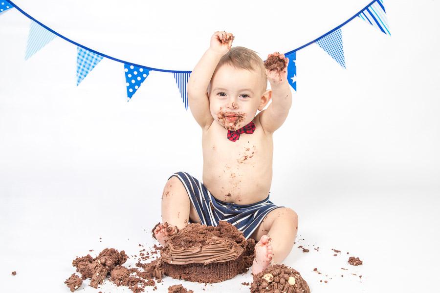 Chocolate cake smash