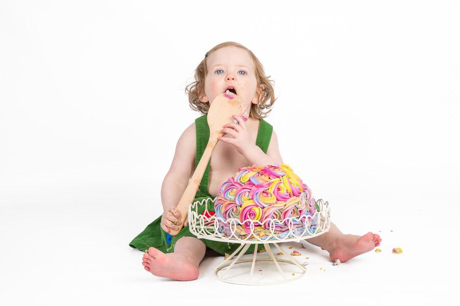 Child cake smash photography